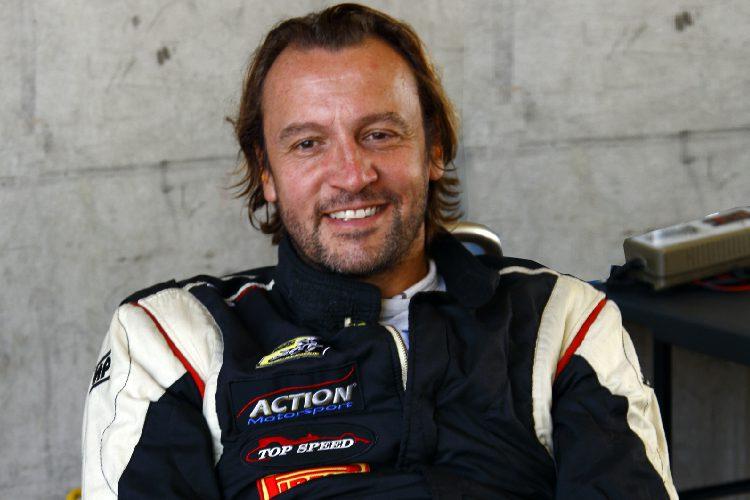 Florian Schnitzenbaumer remains in the lead in Formula-Class